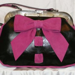 blackandshockingpinkbowbag140sm